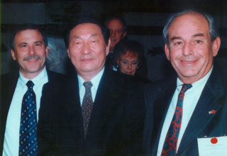 Premier Zhu Rongji of the People's Republic of China, 5th Premier of China, meets with David Kaufman