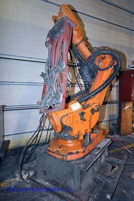 Picture of ABB IRB 6600 Six Axis Foundry Rated Industrial Robot with Extractor Package/Gripper for Extracting Die Castings For Sale DCMP-2412