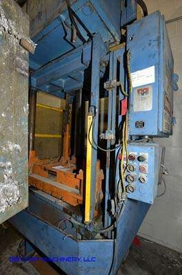 Picture of Metal Mechanics 50 Four Column (Post) Vertical Hydraulic Die Casting Trim Press For Sale DCMP-3150
