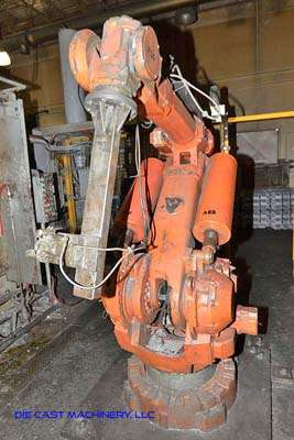 Picture of ABB IRB 6400 Six Axis Foundry Rated Industrial Robot with Extractor Package/Gripper for Extracting Die Castings For Sale DCMP-3212