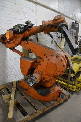 Picture of ABB IRB 4400/60 Six Axis Foundry Rated Industrial Robot with Extractor Package/Gripper for Extracting Die Castings For Sale DCMP-3658