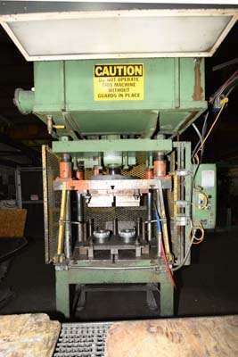 Picture of Metal Mechanics 35 Four Column (Post) Vertical Hydraulic Die Casting Trim Press For Sale DCMP-3839