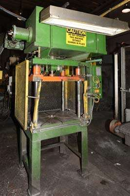 Picture of Metal Mechanics 15 Four Column (Post) Vertical Hydraulic Die Casting Trim Press For Sale DCMP-3841