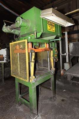 Picture of Metal Mechanics Four Column (Post) Vertical Hydraulic Die Casting Trim Press DCMP-3841
