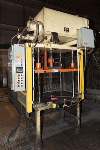Picture of Metal Mechanics Four Column (Post) Vertical Hydraulic Die Casting Trim Press DCMP-3842