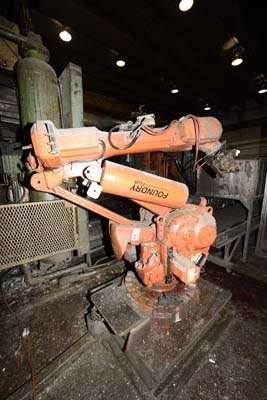 Picture of ABB IRB 6400 Six Axis Industrial Robot with Extractor Package/Gripper For Extracting Die Castings For Sale DCMP-3859
