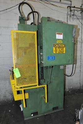 Picture of Hannifin Press Guided Platen Gap Frame Hydraulic Trim Press DCMP-3932