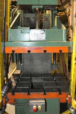Image of Guided Platen Gap Frame Hydraulic Trim Press For Sale DCM-3933
