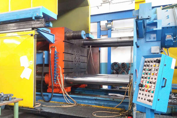 Picture of Remu SPA DCM-1800 Horizontal Cold Chamber Aluminum High Pressure Die Casting Machine For Sale DCMP-4059