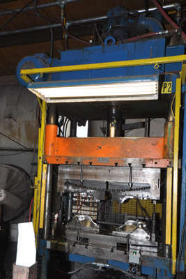 Picture of Prince Trim Press Four Column (Post) Vertical Hydraulic Die Casting Trim Press DCMP-4060