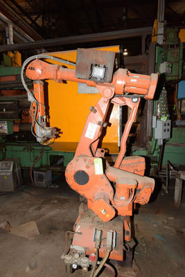 Picture of ABB IRB 4400/60 Six Axis Foundry Rated Industrial Robot with Extractor/Gripper & Die Spray Lubrication Package For Sale DCMP-4211