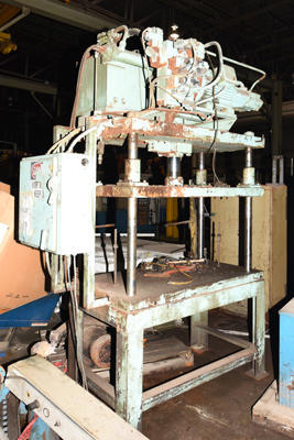 Picture of Metal Mechanics Four Column (Post) Vertical Hydraulic Die Casting Trim Press DCMP-4219