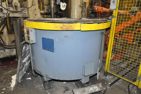 Picture of Dynarad EC-1500 Electric Heated Silicon Carbide Crucible Type Aluminum Melting & Holding Furnace For Sale DCMP-4286