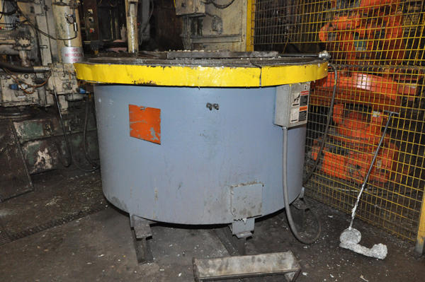 Picture of Dynarad EC-1500 Electric Heated Silicon Carbide Crucible Type Aluminum Melting & Holding Furnace For Sale DCMP-4291