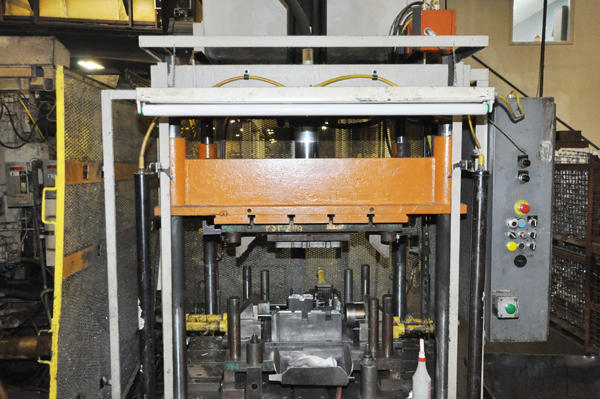 Image of Parker Hannifin Upgraded with Metal Mechanics Hydraulic Package Model PH-40 Vertical Die Cast Trimming Press For Sale DCM-4293